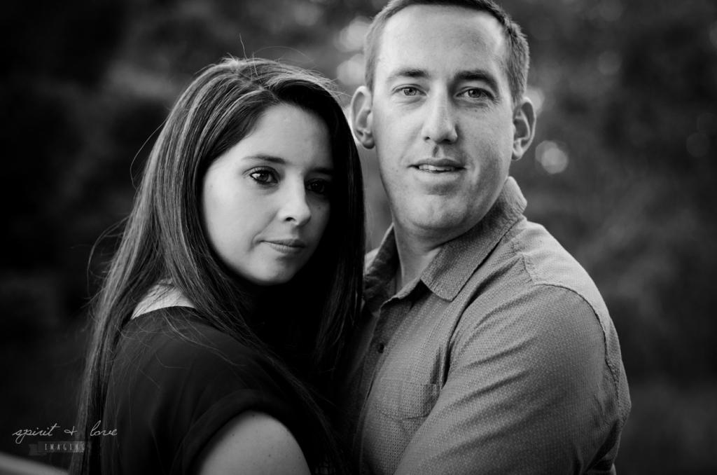 Mark-&-Sasha-Ferres-Pregnancy-Reveal-B&W-33