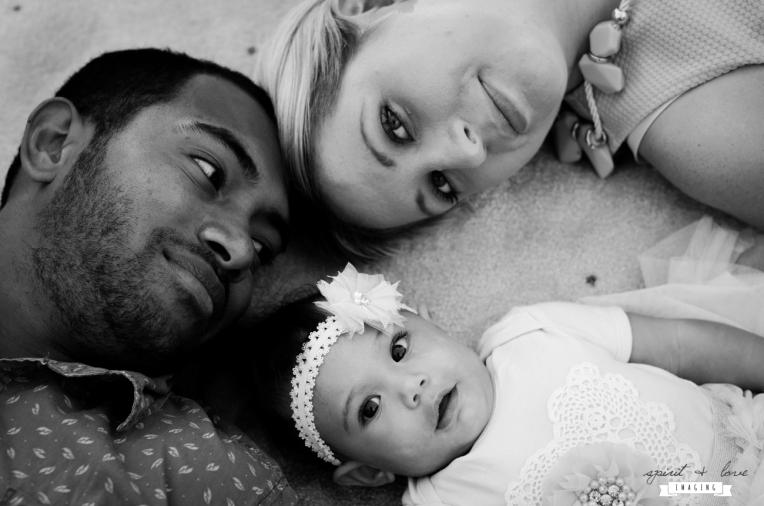 Varani-Family-Black-&-white-27