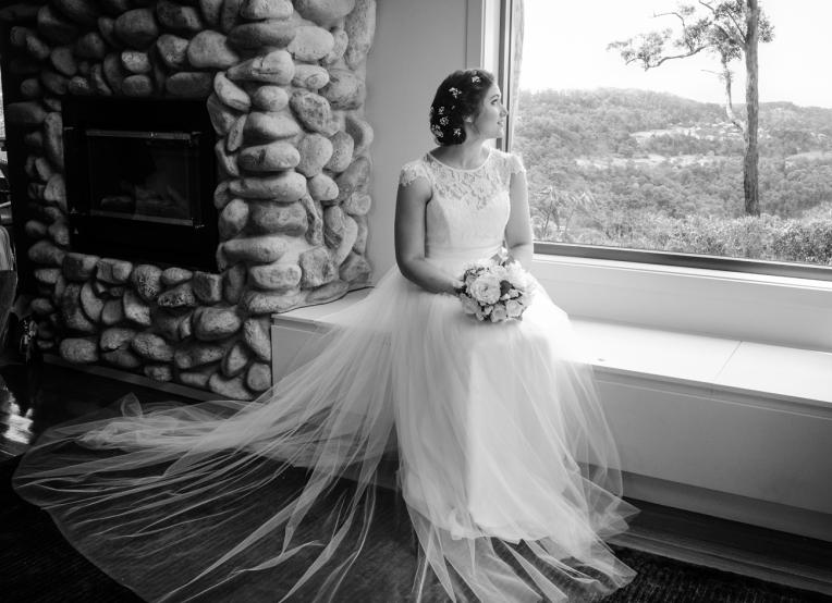 Aaron-+-Jaclyn-Wedding---Getting-Ready-B&W-4