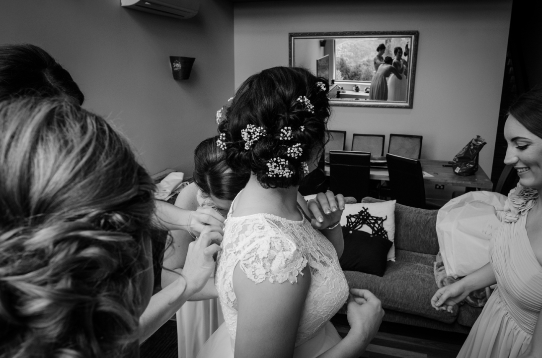 Aaron-+-Jaclyn-Wedding---Getting-Ready-B&W-7