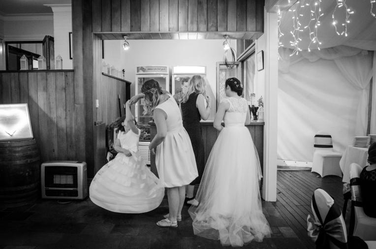 Aaron-+-Jaclyn-Wedding---Reception-B&W-108