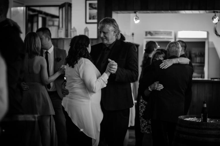 Aaron-+-Jaclyn-Wedding---Reception-B&W-6