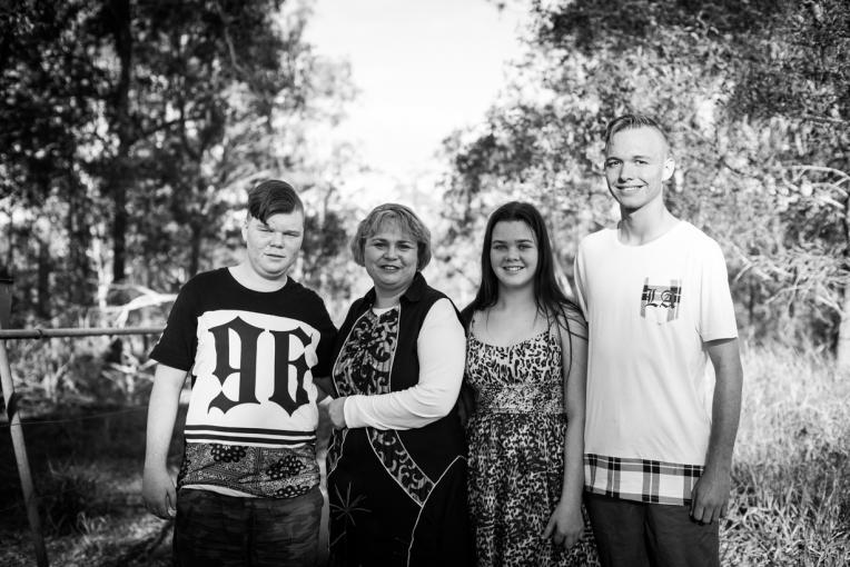 Holznagel Family B&W-12