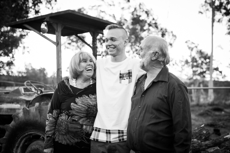 Holznagel Family B&W-14