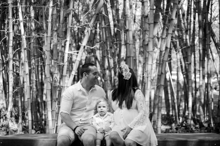 ferres-family-maternity-bw