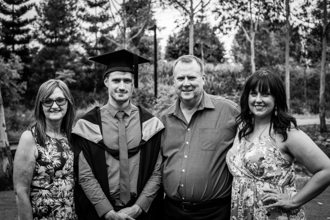 bens-graduation-gates-family-bw-18
