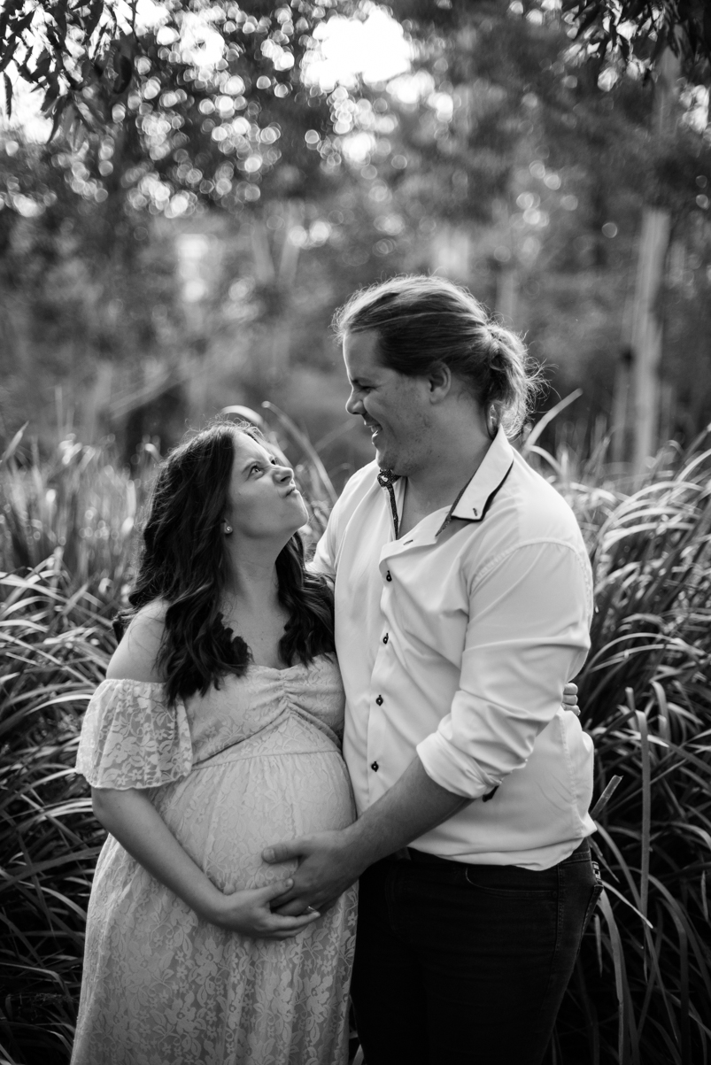Scott + Ashley Maternity - B&W-19