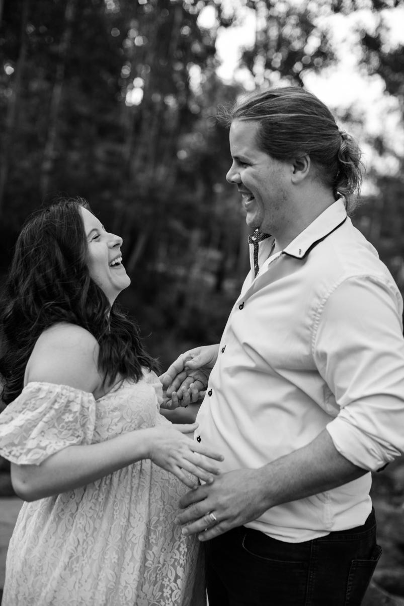 Scott + Ashley Maternity - B&W-3